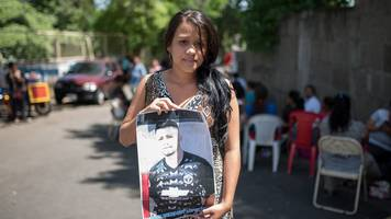nicaragua crisis: the people caught in the middle