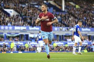 west ham's wait for premier league points ends at everton