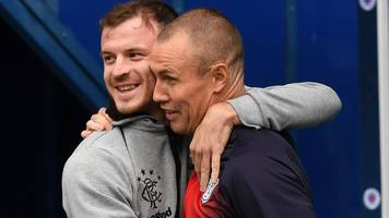 'i'll have a word with pal kenny after he broke my nose' - halliday
