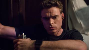 bodyguard: david budd gives out his number, viewers try to call it