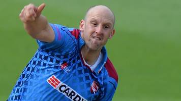 james tredwell: kent and former england off-spinner retires