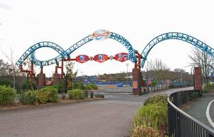Thorpe Park's Vortex stopped for safety checks after part of seat flies off during ride