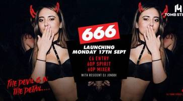 Belfast nightclub's 60p drinks offer for students condemned