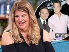 kirstie alley says she wants to 'sh*g' ryan thomas' brother scott in hilarious twitter exchange