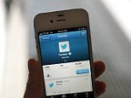 Twitter now allows users to switch between a chronological and algorithmic timeline