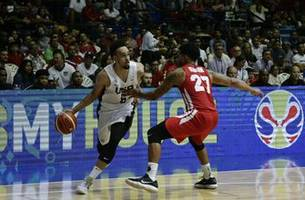 US rolls past Panama in World Cup qualifying, 78-48