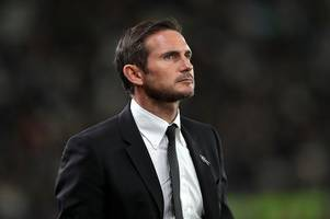 frank lampard reacts to derby county's goalless draw with blackburn rovers