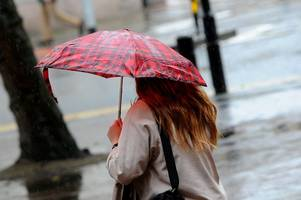 gloucestershire escapes storm ali but not the wet weather as severn bridge prepares for winds in bristol channel