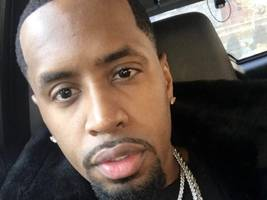 "nicki minaj's ex safaree samuels flexes in another throwback pic: ""b4 the tatts"""