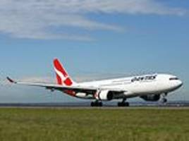 Qantas scraps music from its inflight entertainment systems on selected routes