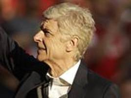 per mertesacker admits players contributed to arsene wenger's downfall at arsenal