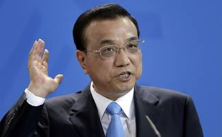 Chinese tech stocks jump after Chinese Premier Li Keqiang vowed not topursue a policy of currency devaluation (BABA, JD, NIO, PDD, BIDU)