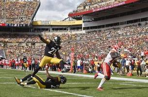 Chiefs unleash deep, talented arsenal on opposing defenses