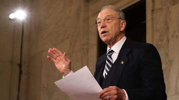 sen. grassley trying to convince kavanaugh accuser to testify