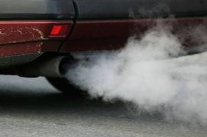 air pollution could be linked to increased dementia risk, new study finds