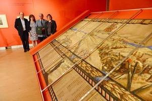 this intricate tapestry celebrating lives of 965 lost ww1 soldiers has been found after 33 years (and this how you can see it)
