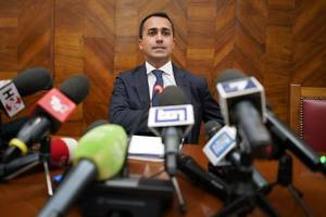 Italy Deputy PM Di Maio says has full confidence in economy minister