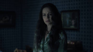 Netflix's first The Haunting of Hill House trailer is highly disturbing