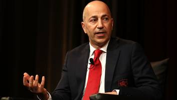 'maybe gazidis will overpay': arsenal fans worry ivan gazidis could take key player to ac milan