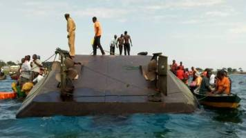 Lake Victoria, Tanzania: Hundreds feared missing as ferry capsizes