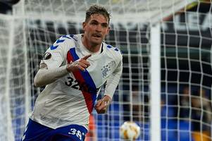 steven gerrard compares kyle lafferty to rangers legend ally mccoist as he hails frontman