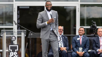 LeBron James Questions How President Trump Has Time to Tweet About Him
