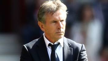 leicester boss claude puel keeping defensive options open ahead of huddersfield home game