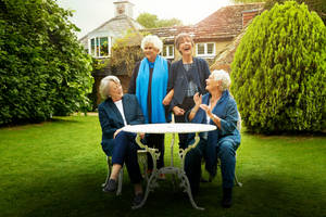 'tea with the dames' film review: enjoy an entertaining eavesdrop on four living legends