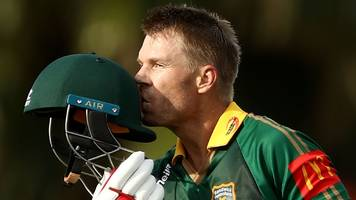 Banned Australian batsmen Warner & Smith make club returns