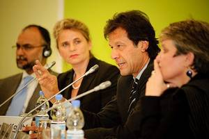 pakistani prime minister imran khan condemns 'arrogant' india for pulling out of talks