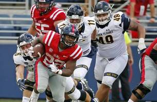 mississippi rallies in second half, beats kent st 38-17