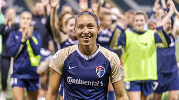 nc courage beat portland thorns fc, win first-ever nwsl championship