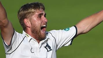 Stone's England calls cap 'crazy week' for Bears paceman