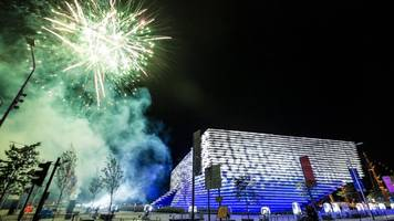 v&a dundee welcomes 27,000 in first week
