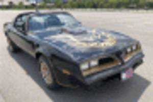 3 burt reynolds cars head to auction, including a bandit re-creation
