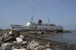 this abandoned ship is being turned into a terrifying zombie attraction