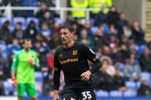 tommy elphick and markus henriksen down on their luck as hull city suffer at reading- three up, three down