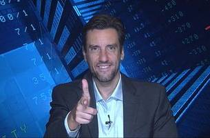 Clay Travis weighs in on New England's chances to win the division: New England 'is dead'