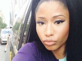 nicki minaj comes through on $25,000 geoffrey owens promise