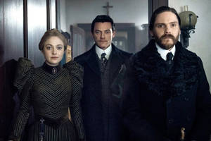 tnt's 'the alienist' sequel enlists 'house of cards' alum as showrunner