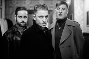 reports: amazing snakeheads' dale barclay has died