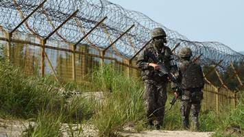 koreas begin clearing landmines from heavily fortified border