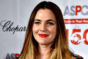 fake, 'surreal' interview with drew barrymore published in egyptair's in-flight magazine