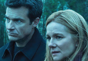 laura linney has trouble fitting 'ozark' into one category