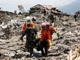 indonesia death toll rises to 1,649 with hundreds still missing