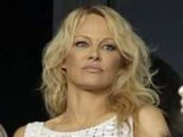 pamela anderson blasts gordon ramsay for 'cruelly' selling foie gras