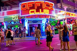 thomas cook axes iconic club 18-30 holidays - with one last trip
