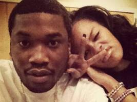 """meek mill keeps it 100 on his exes: """"every chick i was f***kin said they was only f**kin me"""""""
