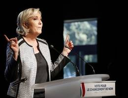 France's Le Pen distances herself from Bannon's Movement