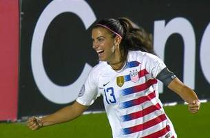 Alex Morgan nets goal vs. Trinidad and Tobago for an early lead | 2018 CONCACAF Women's Championship